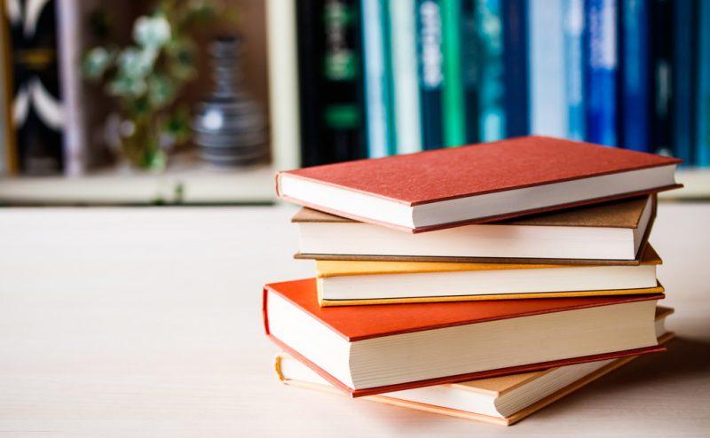 飲食店開業を本から学ぶ?開業の参考におすすめの本をご紹介!